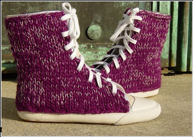 أفكار غريبة -## Smile-Campus-knitted-boots-25288-2529