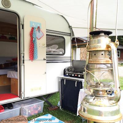 Petroleumlampe / Knaus Passat / Vintage Caravan / Alter Wohnwagen / Retro / Außenküche / Outdoor Cooking /Oldtimer