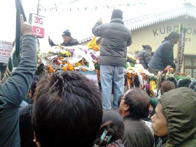 Kurseong people paying last respect to GNLF chief Subash Ghisingh