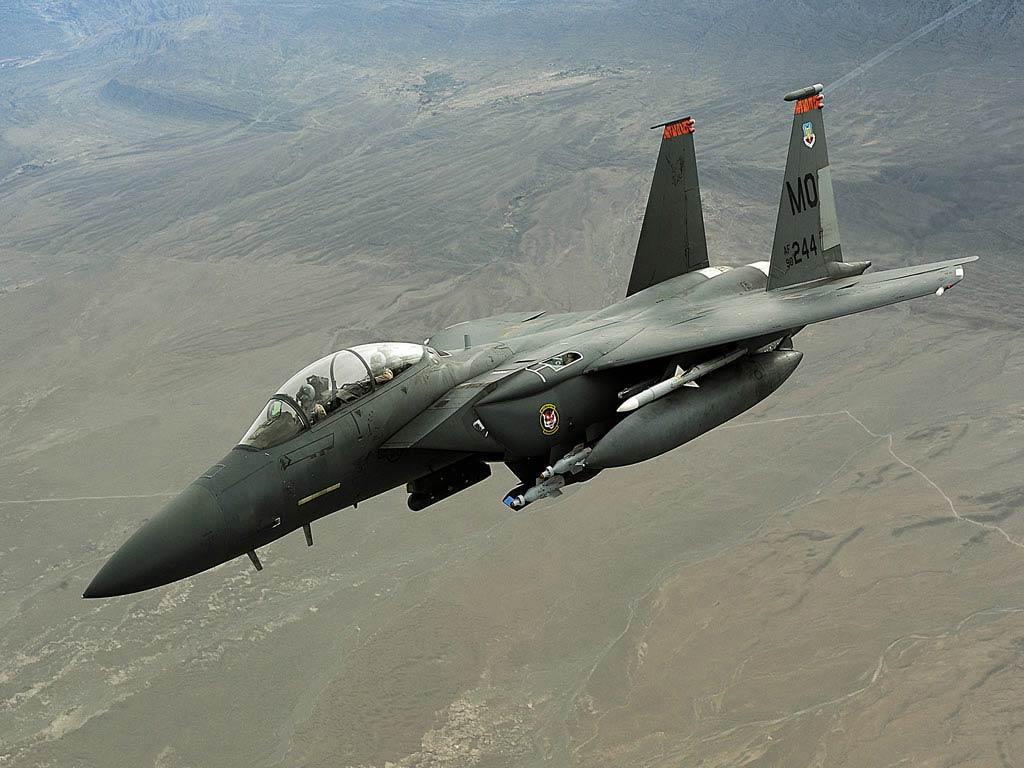 http://2.bp.blogspot.com/-K0gqsuYtvAA/TuzLshW1fiI/AAAAAAAAA48/oxF_FwdzbCU/s1600/f-15e-strike-military-aircraft-desktop-wallpaper-3.jpg