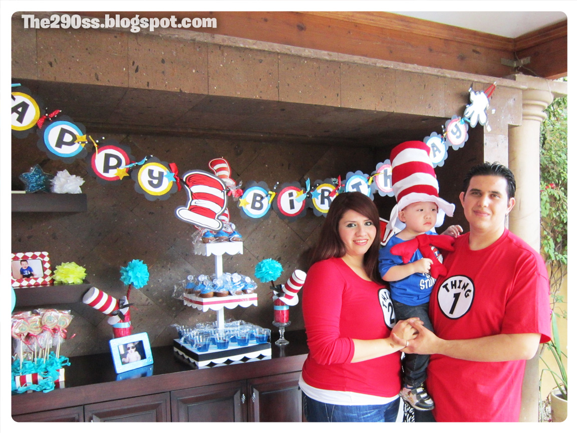 The290ss The Cat in the hat themed birthday party
