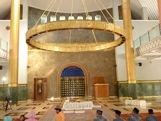 Masjid Universitas Gajah Mada Yogyakarta