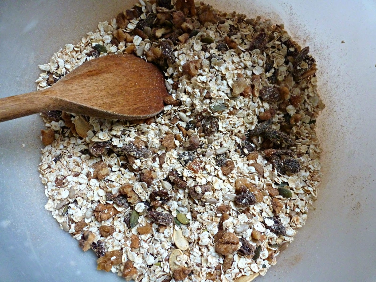 Homemade cinnamon granola recipe. With raisins, seeds and nuts