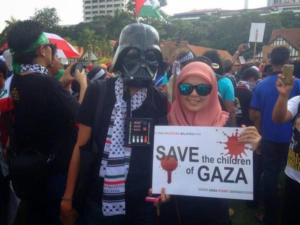 Gambar Sekitar Perhimpunan 'Selamatkan Anak-Anak Gaza' Di Dataran Merdeka 2 Ogos 2014