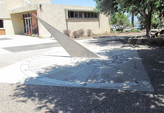 Sundial in Shomrat
