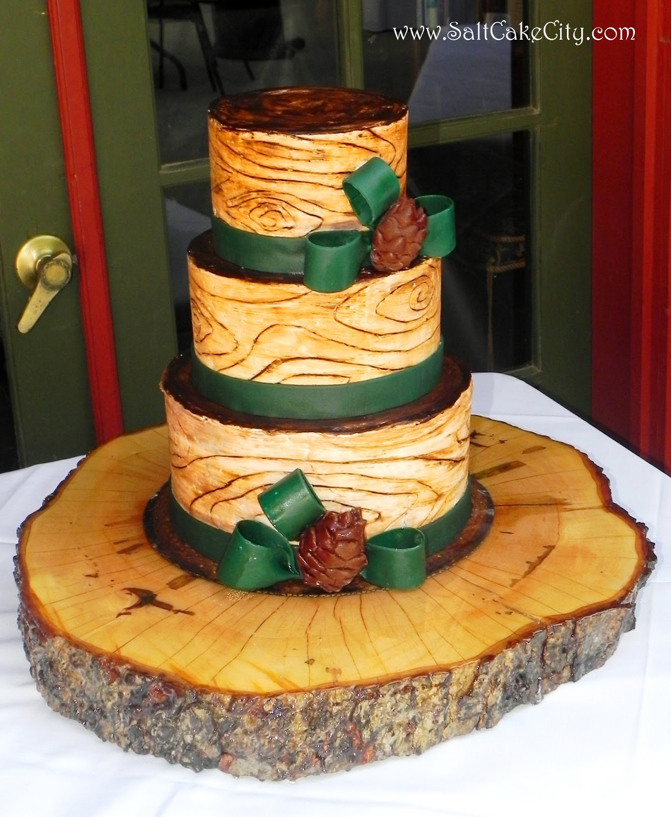 Salt Cake City: Wood Grain Wedding Cake