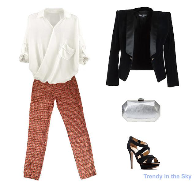 Look con pantalón pijama, camisa blanca, blazer y sandalias de color negro y clutch metalizado.