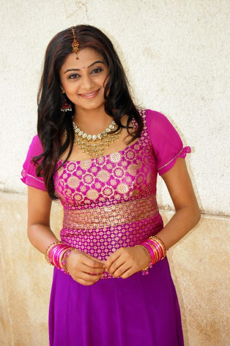 priyamani malayalam beautiful hot images