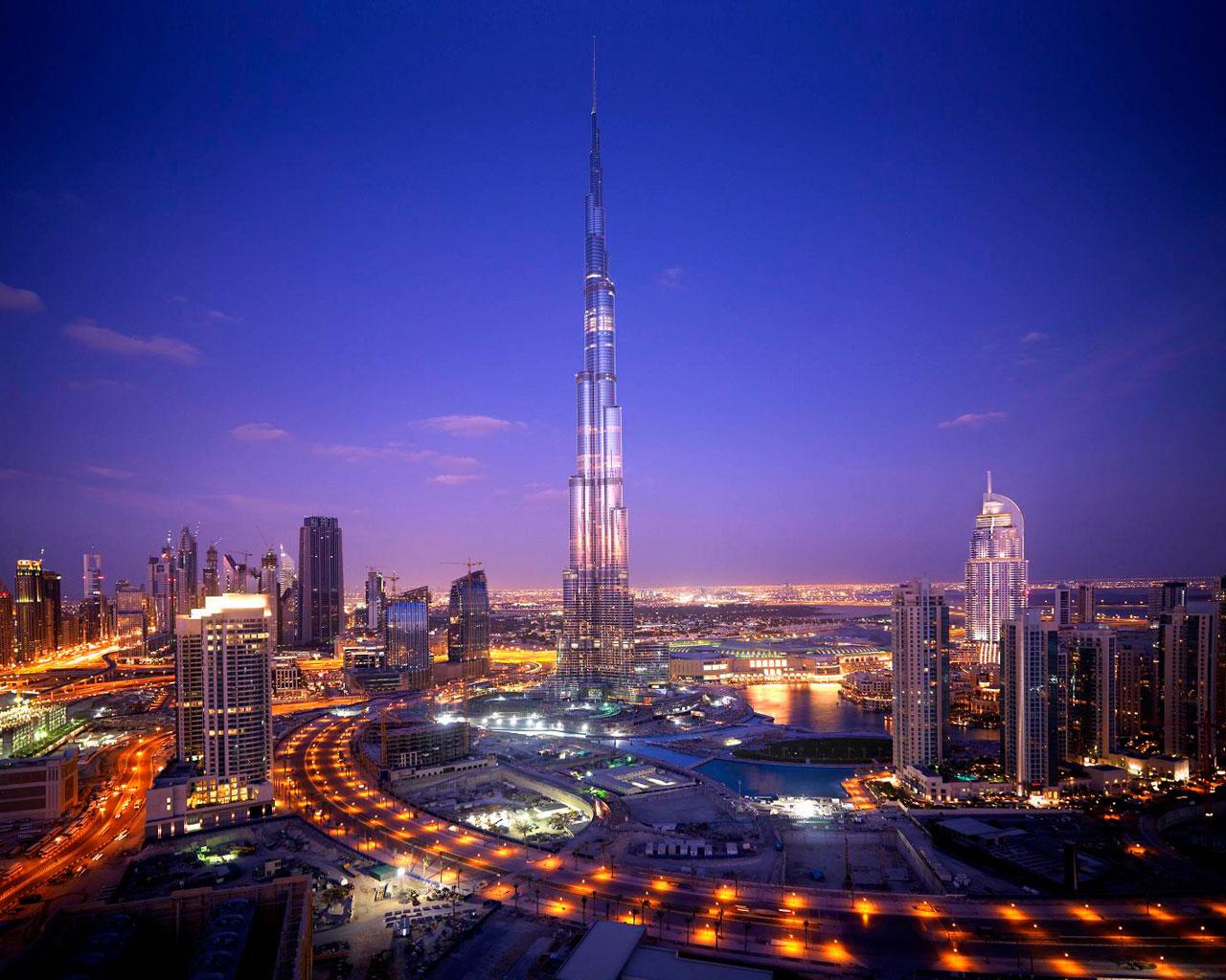 http://2.bp.blogspot.com/-K1Q9IBihkGE/UIMNbZehC0I/AAAAAAAAGE8/cO0GyC6fqBs/s1600/Burj+Khalifa+Wallpapers+2012-2013+02.jpg
