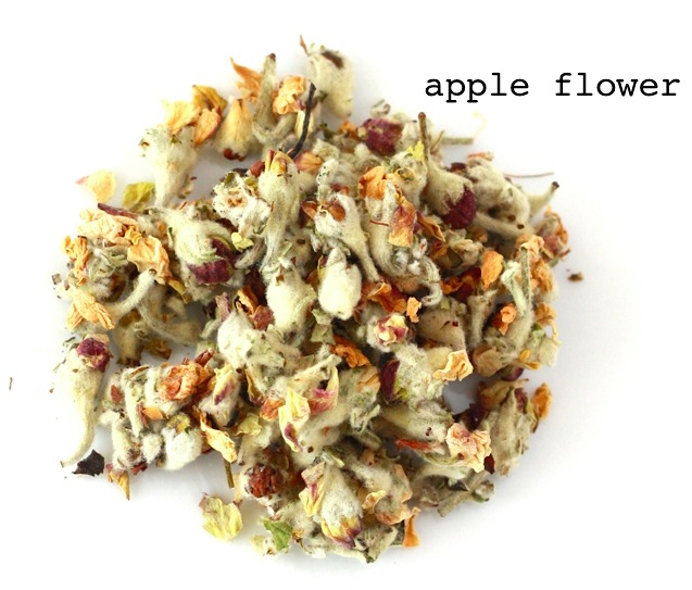 chinese apple flower herbal tea to treat acne and improve skin tone