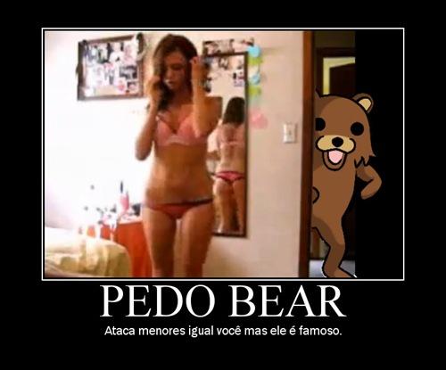 Pedo Bear e seus momentos...
