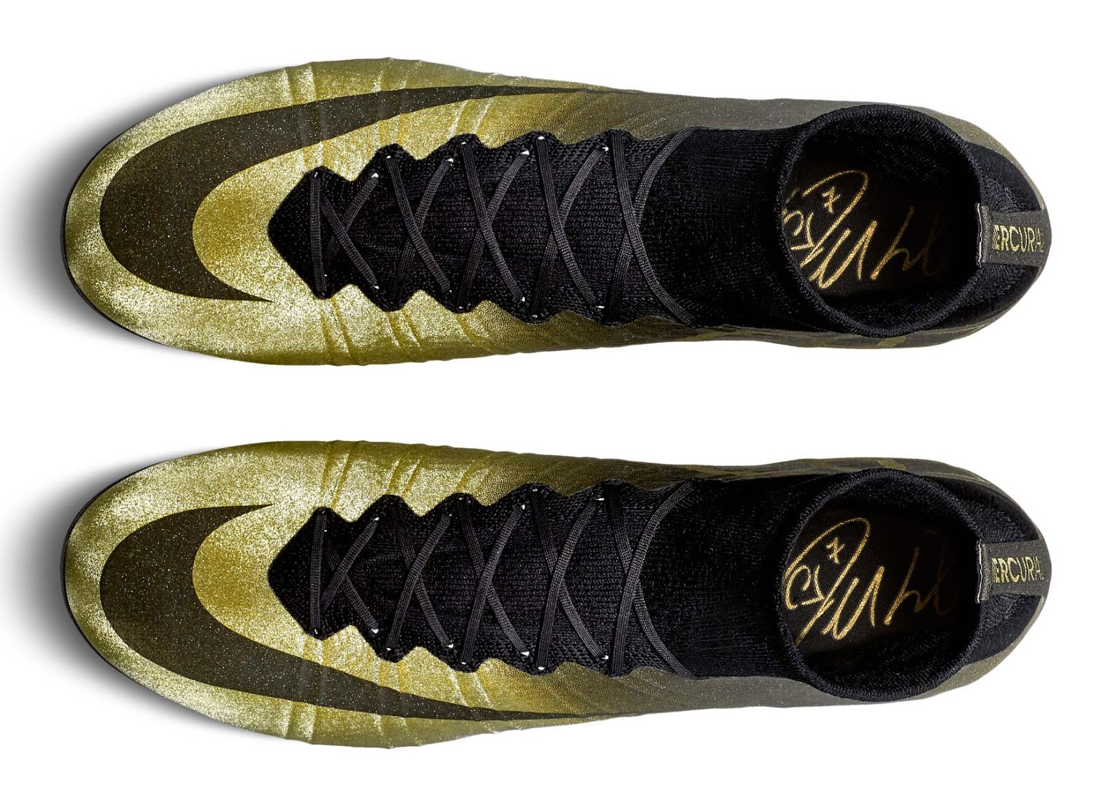 Cr7 cleats gold
