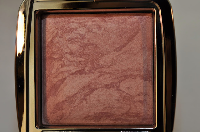 HOURGLASS Ambient Lighting Blush in Mood Exposure