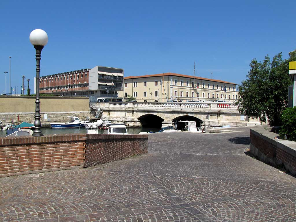 Ponte dei Sospiri, Bridge of Sighs, Livorno