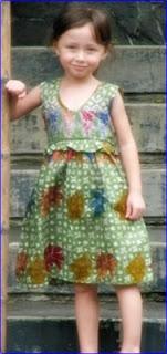 model baju batik anak perempuan