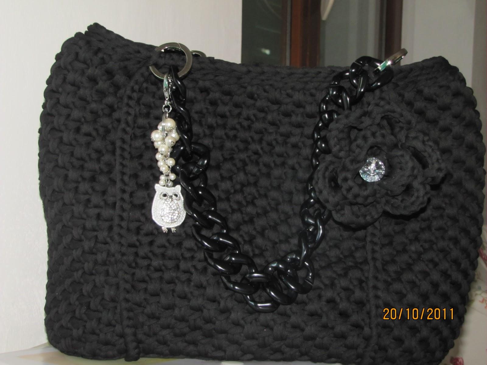 Le borse di mara in fettuccia borsa in fettuccia di lycra for Borse a uncinetto con fettuccia schemi