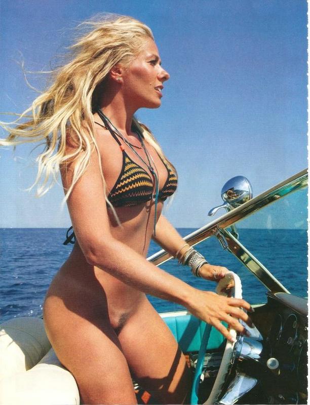 Adriane Galisteu Playboy
