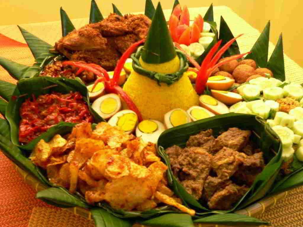 Nasi Kuning Tumpeng Ulang Tahun images