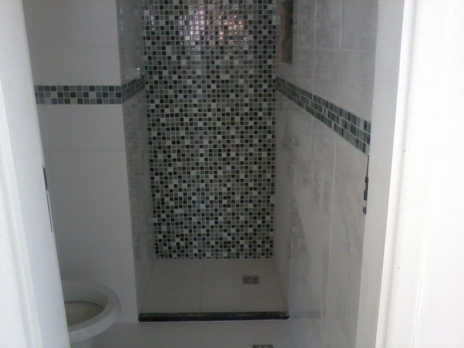 #5F656C revestimento Eliane e o piso fosco também Eliane . E a pastilha  1600x1200 px pastilhas de vidro banheiro eliane