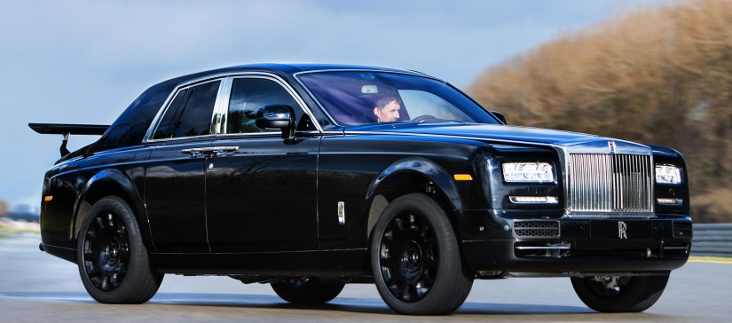 Rolls Royce Cullinan SUV Review