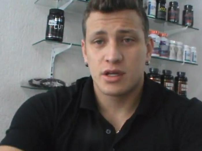 Em off-season, Filipe Marins faz 9 refeições ao dia. Foto: Reprodução/You Tube