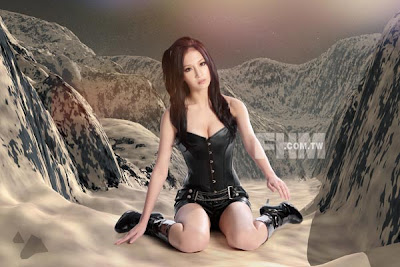 Cosplayer Sunny Lin Caiti sexy pose for February Edition of FHM