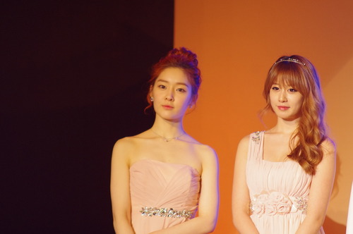 Jiyeon & Areum at Korean Culture Art