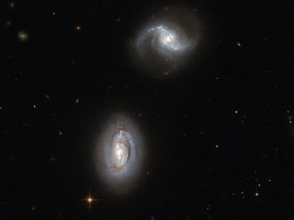 Imagem: Galáxias inseparáveis