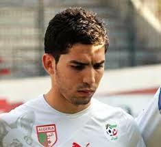 بطل المنتخب الجزائري يحصل على هدية باهظة جدا