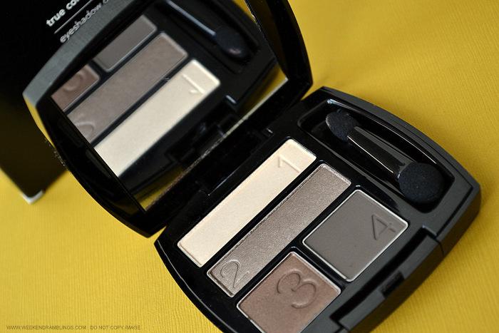 Avon True Color Eyeshadow Quad Chocolate Sensation Swatches Review FOTD Photos Indian Beauty Makeup Blog