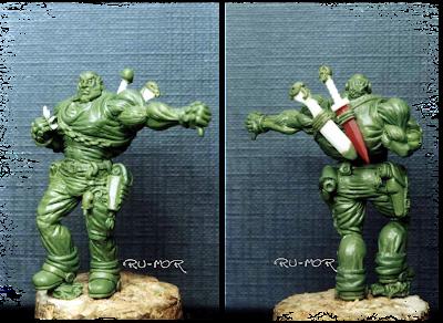 miniatura del personaje del hermano mediano, hecha por ªRU-MOR, para el grupo de la Familia Calamidad. Escala Warhammer 40000
