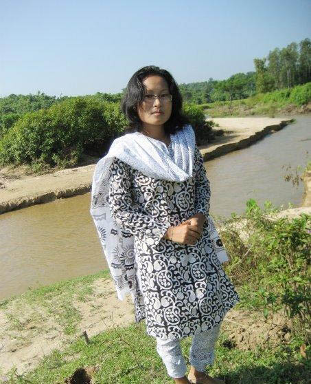 pakistani aunties photos