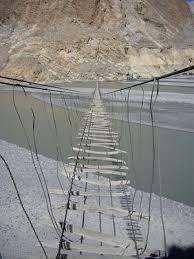 10 Jembatan terseram di dunia