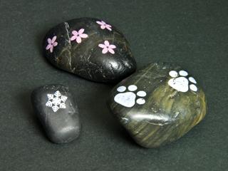 石に印刷(雪の結晶・桜の花・猫の足跡)