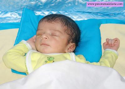 تطور الطفل الرضيع في الشهر الثاني