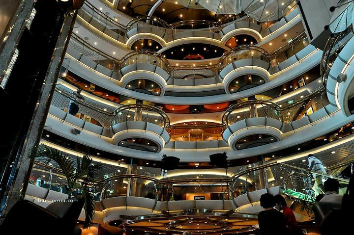 Royal caribbean oasis of the seas amazing places for Allure of the seas interior
