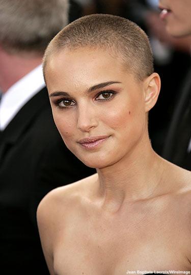 The Amazing Short Platinum Hairstyles Women Pics