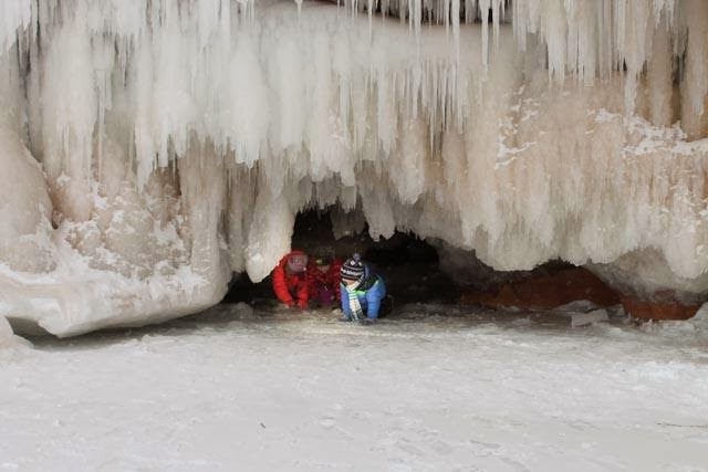 how to get to pemberton ice caves