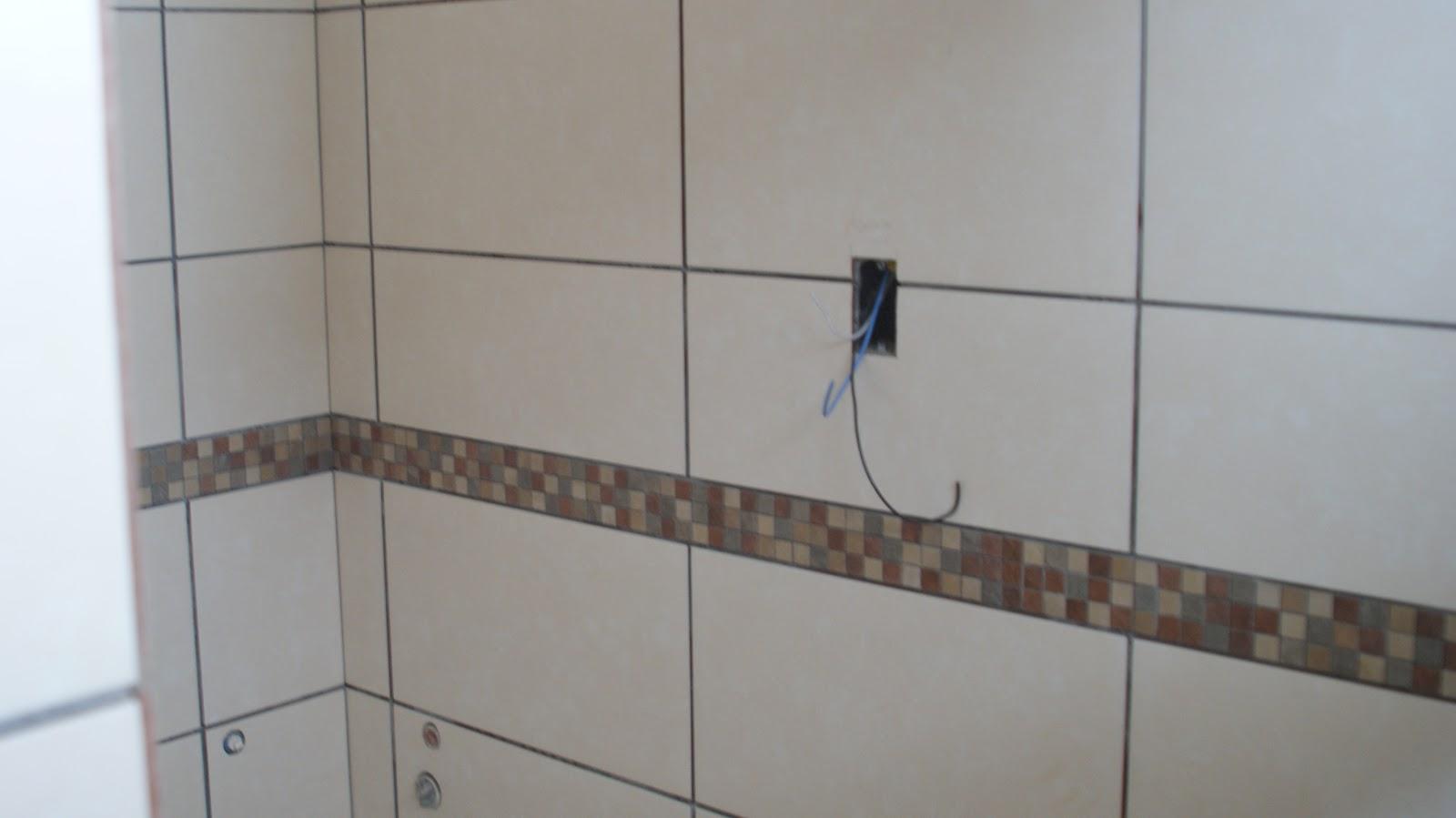 blindex assim o espelho do banheiro vai embassar menos :) (tomara #434D61 1600x899 Banheiro Com Pastilha Vertical