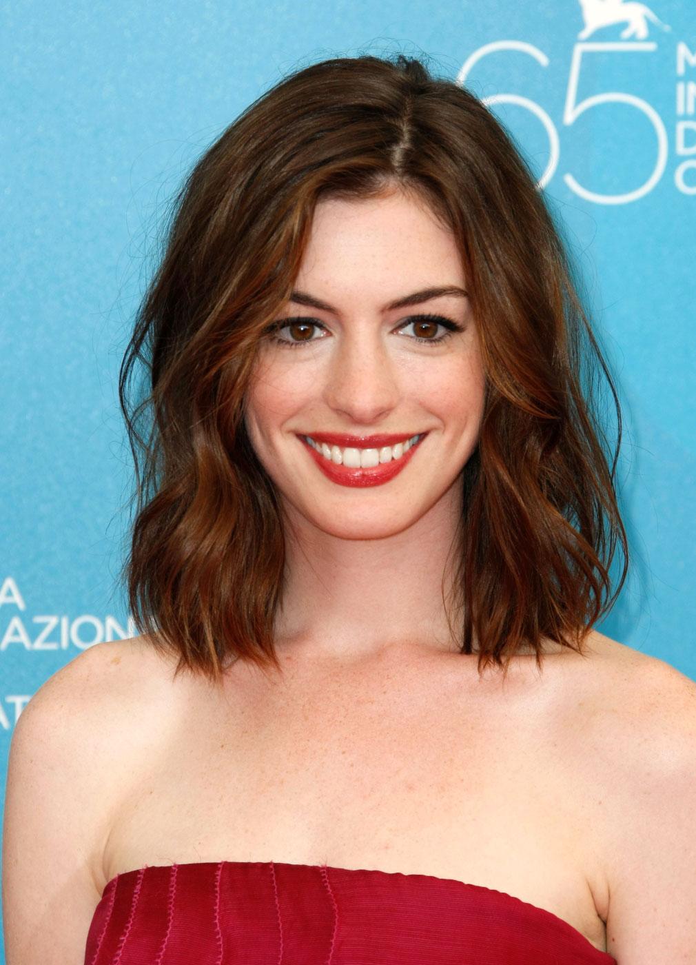 Anne Hathaway: Anne Hathaway Hairstyles