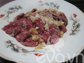 Thịt bò cuốn lá lốt nướng