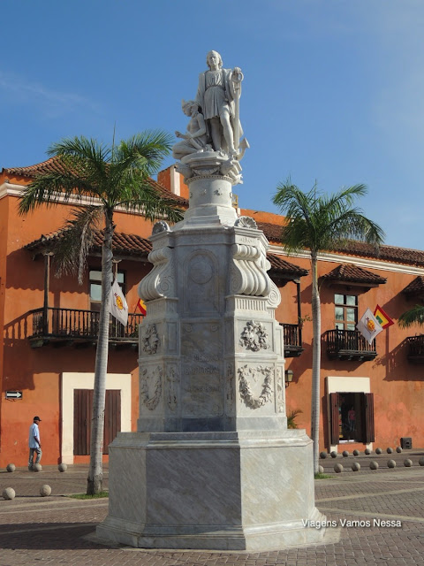 Estátua de Colon, homenagem a Cristovão Colombo