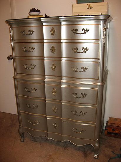 clarendon lane: Hunting for a dresser