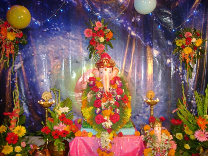 Ganpati decoration photos god wallpapers for Background decoration for ganpati