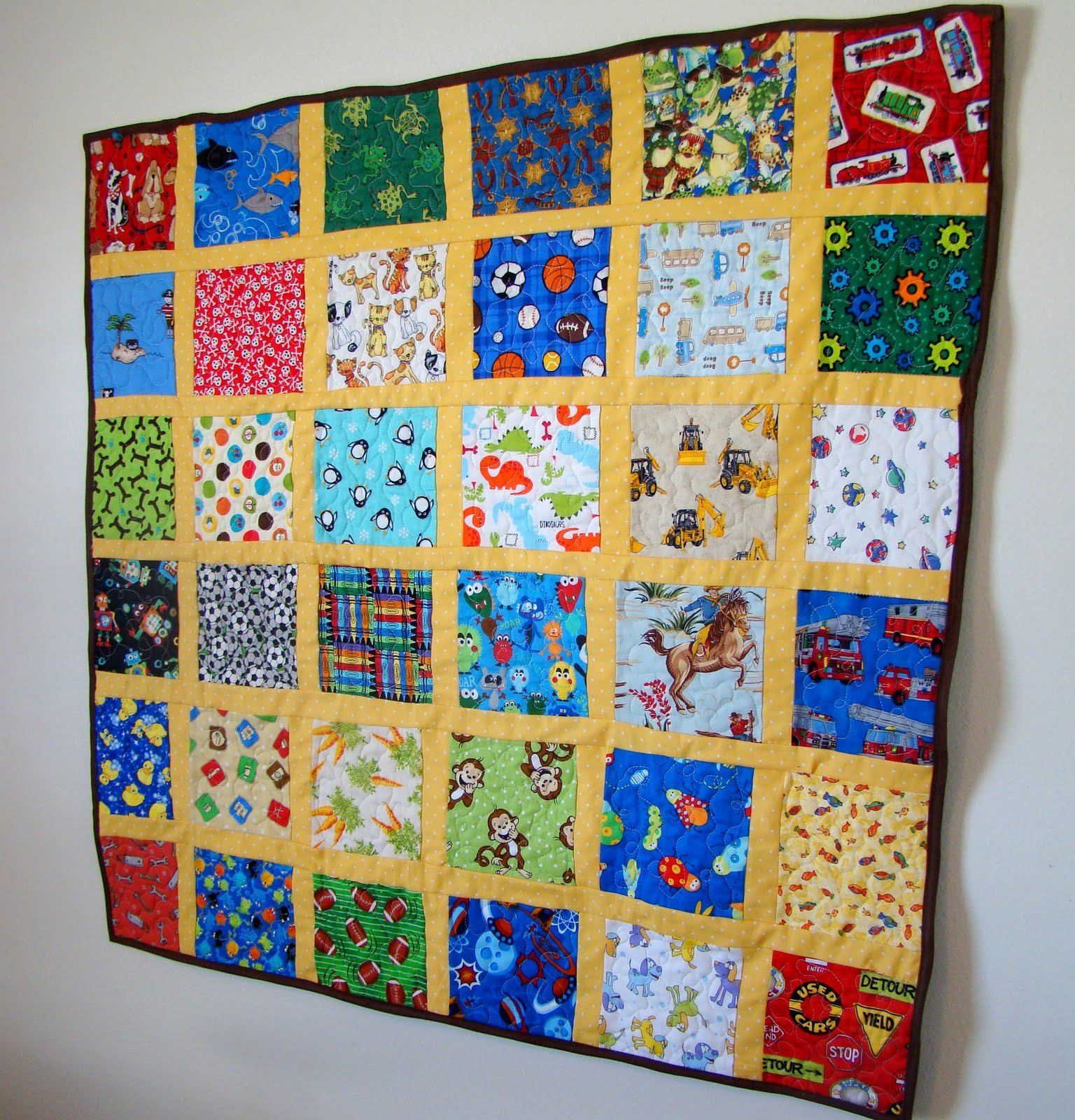 Just enough style i spy quilt 2
