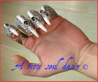 bague griffe gothique os bone claw ring gothic goth jewel