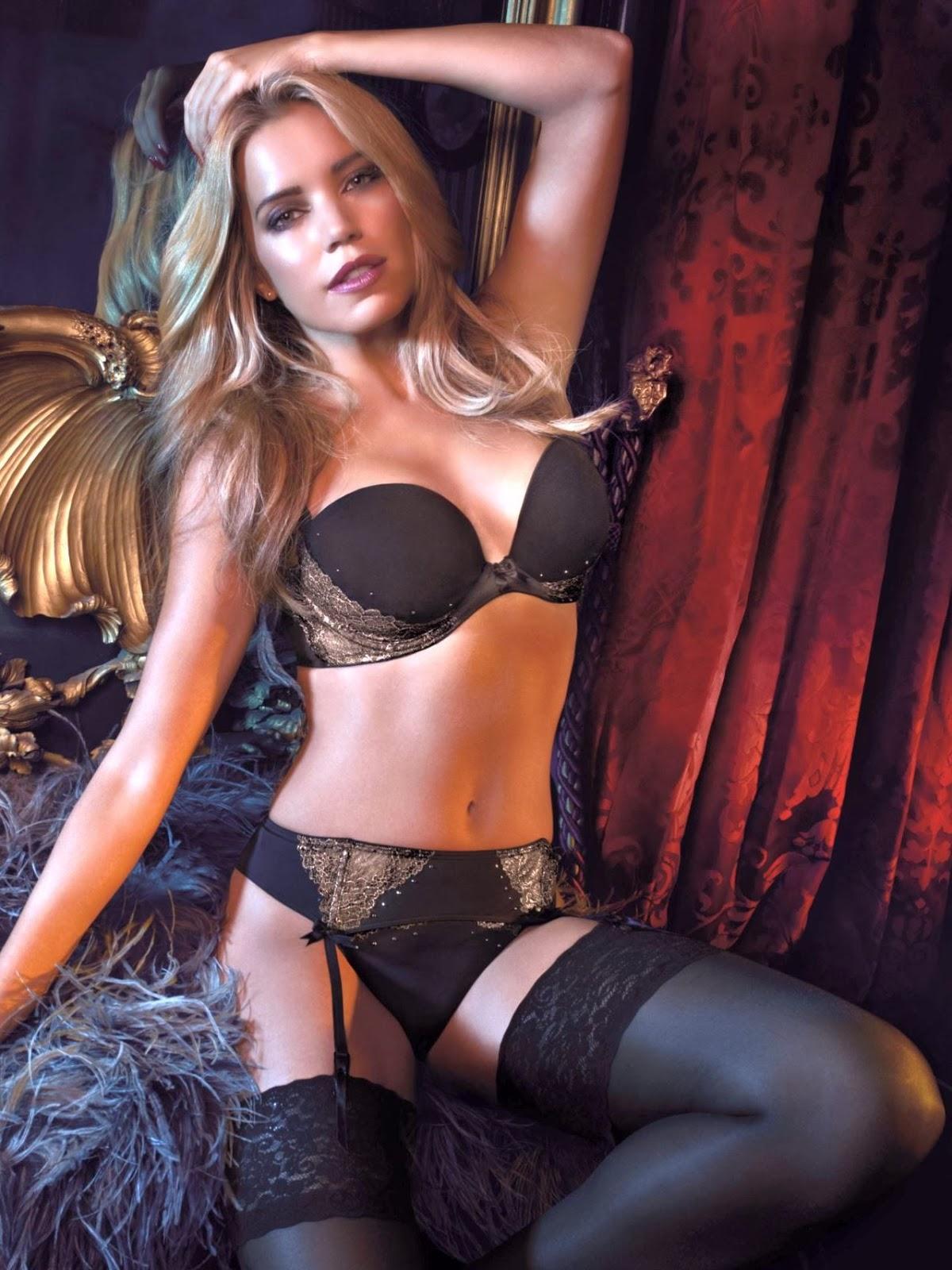 sylvie van der vaart hot sexy naked