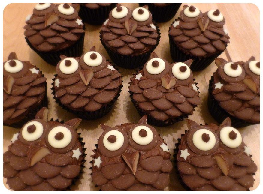 Suzie Makes Chocolate Owl Cupcakes