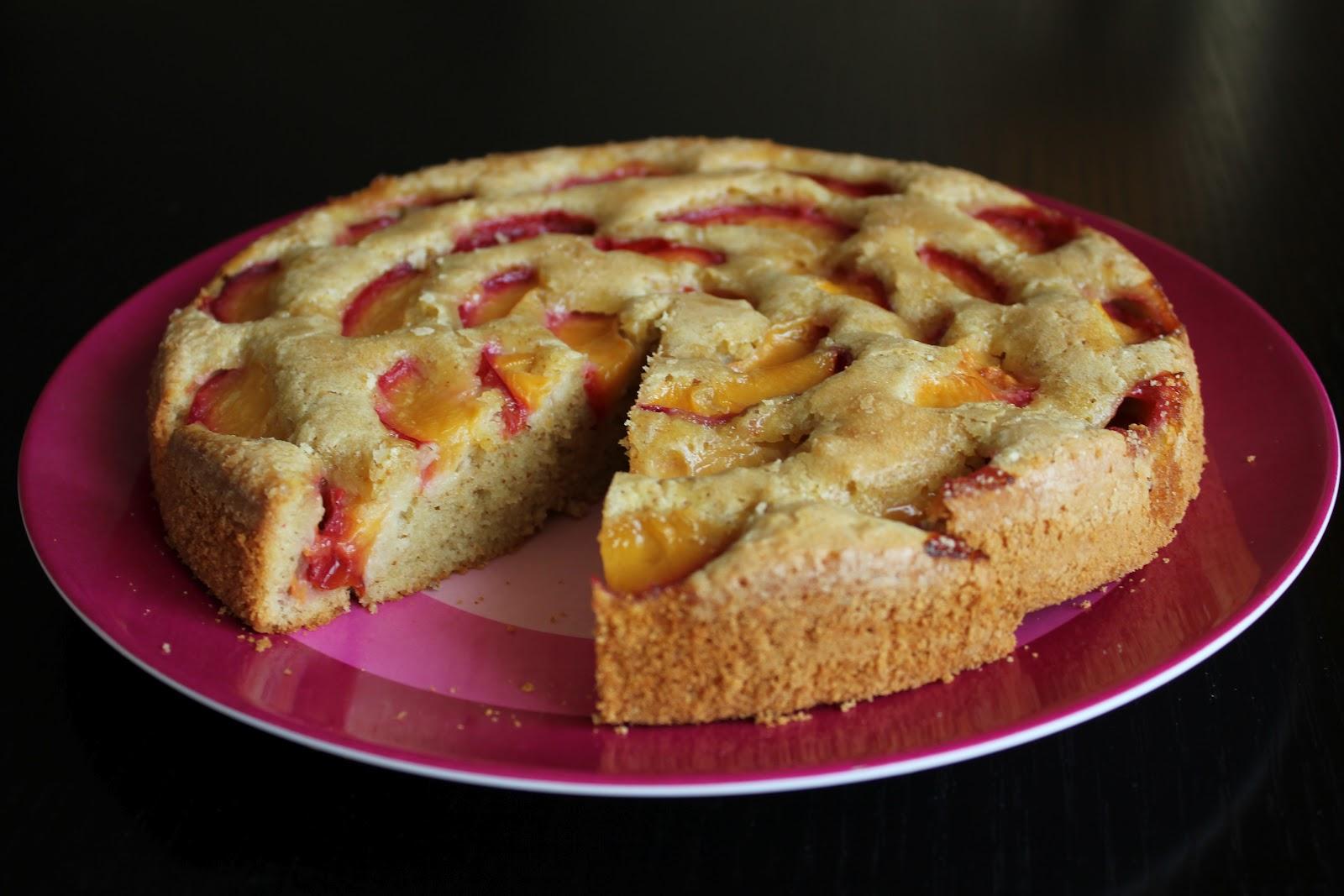 raspberry eggplant: Plum-Almond Cake