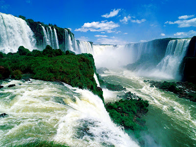 Must See Natural Holiday Destination Iguaza Falls HD Wallpaper